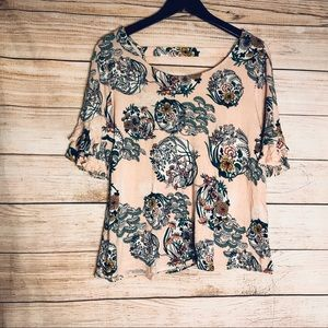 MAURICES 24/7 ruffle sleeve floral top sz L
